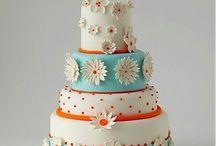 Cute cake >..<