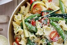 Pasta Salads / by Cheryl Cullen-Fowler