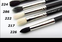 Make-up needs~