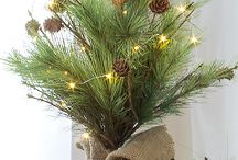 Storybook Christmas Collection / Curated Holiday Décor -- Americana at its Best!
