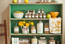 Vintage Home / Ideas to decorate my (dream) vintage home. From hallways, to kitchens, to bathrooms, to closet - these are pins that inspire me!