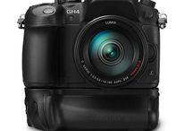 Panasonic 4K / Panasonic presenta la nuova fotocamera GH4 per video 4K ! Panasonic ha svelato le specifiche della nuova Panasonic GH4, la fotocamera dedicata ai video con riprese Full HD 4K, con molti accessori e opzioni per il professionista.