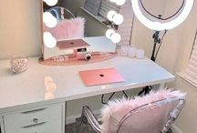 Make up desks