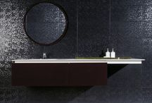 Bath 2 (en suite) / bathrooms