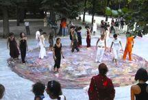 CON-TA-CI / Con-Ta-Ci è una condivisione. Non un gruppo artistico, ma un'azione condivisa.  Ideata da Tiziana Tacconi, unisce artisti terapisti ed operatori medici, nell'opera condivisa.