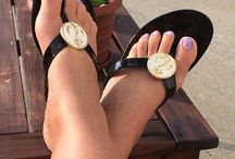 Shoefies We Love / by Lindsay Phillips Switchflops