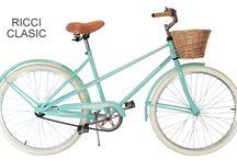 Modelo Ricci Clasic / Modelo Ricci clasic en verde agua, con canasto, asiento simil cuero, pedales de goma y timbre.  / by Taller Inquieto Bicis