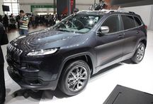 2014 Jeep Cherokee Urbane Review Detail with Images
