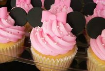 Cakes, Cupcakes, & Cookies