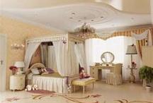 My dream bedroom / by Michelle Moody-Rubino