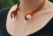 Porta audífonos cuero