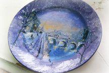 Plates / Тарелочки, расписанные масляными красками, украсят вашу книжную полку, интерьер кухни, а может и камин :)