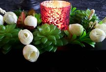 diy / picture frame, plastic flowers, hot glue and led candle (or normal candle, remember fire safety!)