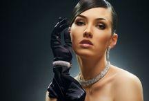 FASHION • Gloves