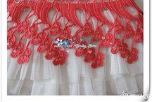 Tığ işi elbiseler kız çocukları için