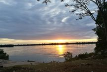 Sunset on the Mekong / The most beautiful sunsets in Cambodia are those of Kratie, come see them with us!