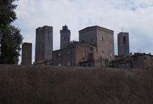 San Gimignano, La Manhattan del medioevo / San Gimignano, La Manhattan del medioevo / La Manhattan du Moyen Age / the manhattan of middle Ages