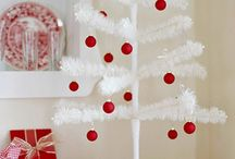 I Love the Holidays / by Nicole Hood