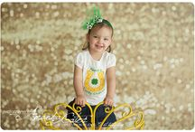 Holiday Photography / Holiday Theme Sessions