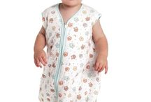 Sleeping Bags with Feet / A Slumbersac sleeping bag with feet is great for helping your child as they learn to walk and explore their world for the first time! These special sleeping bags are designed so that your child's feet fit inside the sleeping bag when sleeping, and when he wakes up he can pop his feet through the openings and walk or crawl around in it!