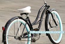 Bikes / by Zaynab Falconer