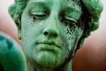 ABOUT FACE / by Luana Fasulkey