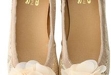 Shoe Envy / by Wendy Cohen