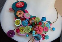 Button crafty jewellery
