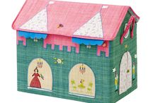Kids Playroom / Fun colourful raffia toy baskets and play tents
