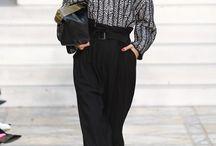 By Malene Birger nieuwe najaarscollectie 2016 / By Malene Birger is weer onweerstaanbaar vrouwelijk en brengt een mooie balans tussen clean, sophisticated en klassiek. Naast een assortiment eigentijdse blouses, pantalons, jurken, tanktops en vesten met een minimalistische design, toont de collectie van By Malene Birger ook opvallende prints die je outfit een trendy touch geven.