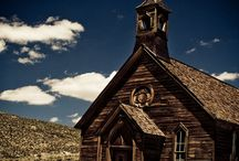Abandoned / I love Ghost Towns and the history surrounding them.