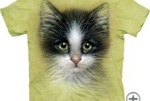 Cicás, macskás amerikai pólók. / The Mountain pólók az USA-ból. A grafika nem töredezik, méret és színtartó kiválló minőségű az USA-ban készült pólók. Még több cicás póló: www.ajandek-polo.com