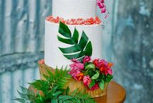 Tropical flower cakes