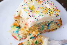 Sweets / by Melissa Brueckner