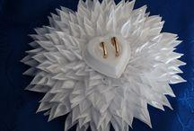 Poduszki pod obrączki / Poduszki wykonane ze wstążki satynowej