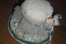 eski kırık fincan iğnedenlik