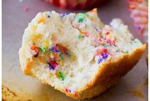 Sweet treats / by Jessica Giordano