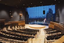 Jazz at Lincoln Center by Rafael Viñoly Architects / Jazz at Lincoln Center, a 13,500 square metres flexible performance venue, is the world's largest performance, education, and broadcast facility built specifically for jazz. Located on the fifth floor of Time Warner Center, a multiuse complex on Columbus Circle in Manhattan, the multiroom, highly flexible facility allows new forms of interaction between the audience and musicians and creates a musical experience unique to jazz.
