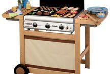 Barbecues / Pour les amateurs de délicieuses grillades, Raviday vous présente les barbecues, planchas avec leurs accessoires. A retrouver sur www.raviday-barbecue.com.