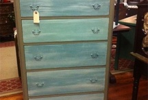Handpainted by C&C Collectible Creations / Pretty 5 drawer dresser!