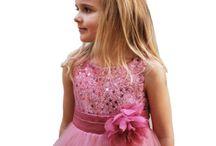 Bridesmaid dresses / Beautiful dresses for bridesmaids and flowergirls