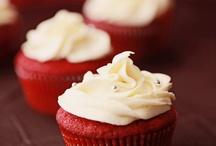 cupcakes / by Jennie  Lyn Juliano