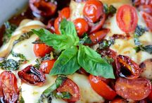 Chicken & Turkey Recipes / by Amber Chauncey