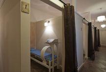 Centrum Medyczne Da Vinc / Centrum Medyczne Da Vinci oferuje kompleksową rehabilitacje w schorzeniach neurologicznych, ortopedycznych, kardiologicznych oraz rehabilitacji dzieci. Nasi terapeuci pracują uznanymi w Polsce i na świecie metodami terapeutycznymi. Oferujemy pełny zakres zabiegów tradycyjnej fizykoterapii, jak również nowoczesny zabieg terapii energotonowej. Centrum Medyczne Da Vinci, oferuje również konsultacje lekarskie w gabinetach ortopedycznych, neurologicznych i medycyny estetycznej.