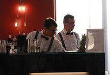 Barman na wesele / Barman na wesele dzięki przenośnemu ekskluzywnemu barowi uświetni Twoje przyjęcie weselne. W cenie zawsze dojazd do 50 km od Krakowa