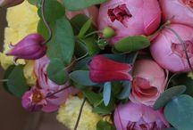 tremoro bouquet & flowers / フラワーデザイナー 藤野幸信さん(広島県)による作品です。