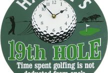 The Golfer / Some inspiration to help you find that perfect gift for a guy who loves spending time on the course.
