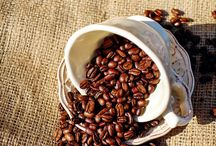 Kaffeemotive & Kaffeedeko / Viele tolle Deko Ideen mit Kaffemotiven. Tolle Wanddeko mit Kaffeebildern!