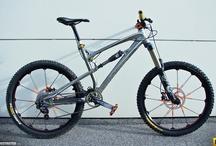 2 wheels no motor / bicycles