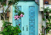 Doors & alleys